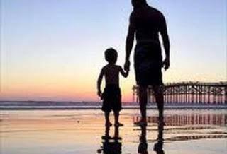 ΕΝΑ ΣΥΓΚΛΟΝΙΣΤΙΚΟ ΜΑΘΗΜΑ ΖΩΗΣ!!! Πατέρας και γιος (αξίζει να το διαβάσετε)