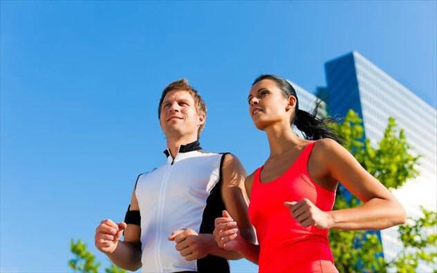 5 πράγματα που κάνουν οι υγιείς άνθρωποι κάθε πρωί
