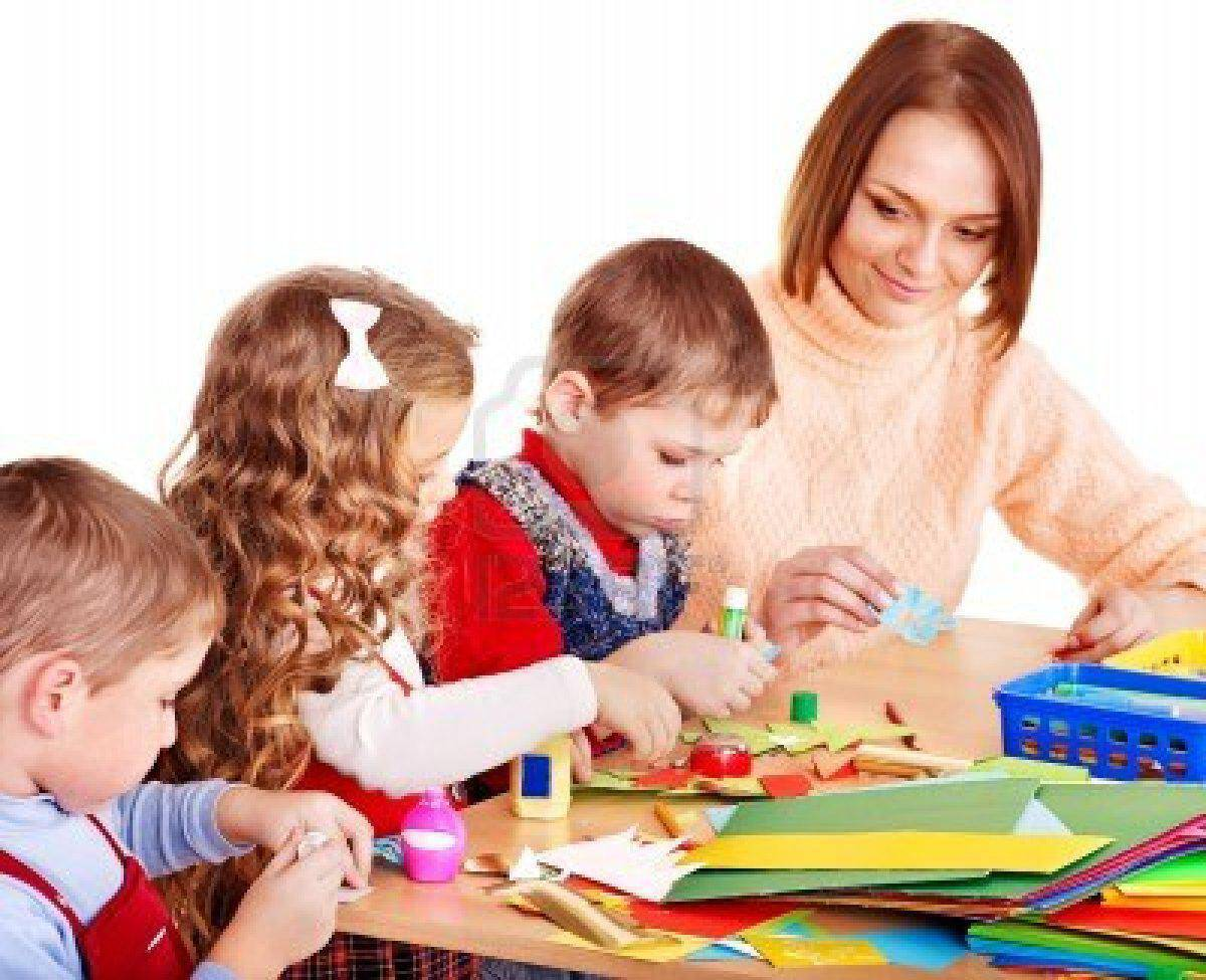 kindergarden-teacher-with-group-children-isolated