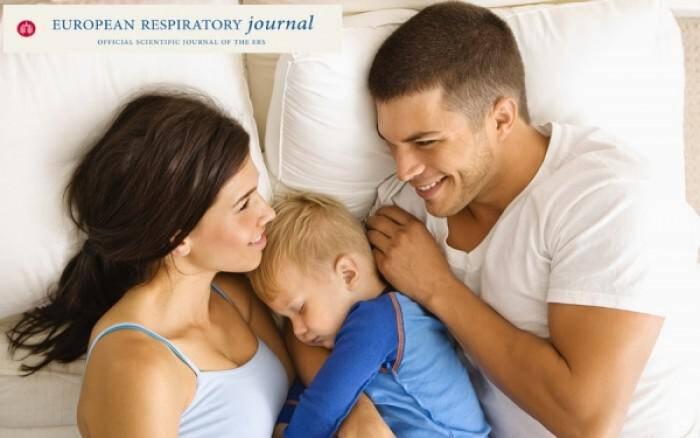 Από τι κινδυνεύουν τα παιδιά που κοιμούνται μαζί με τους γονείς