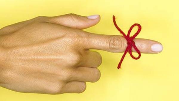 Αλτσχάιμερ: Τα 10 πρώιμα σημάδια που πρέπει να σας... κλείσουν ραντεβού με τον γιατρό