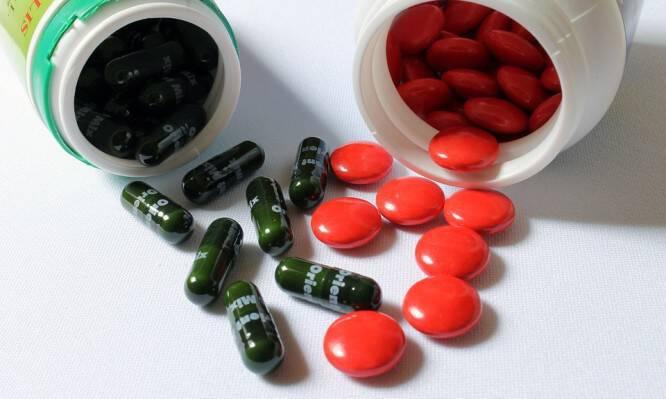 Φάρμακα και διατροφή: Τι πρέπει να μην παίρνετε ΠΟΤΕ ταυτόχρονα