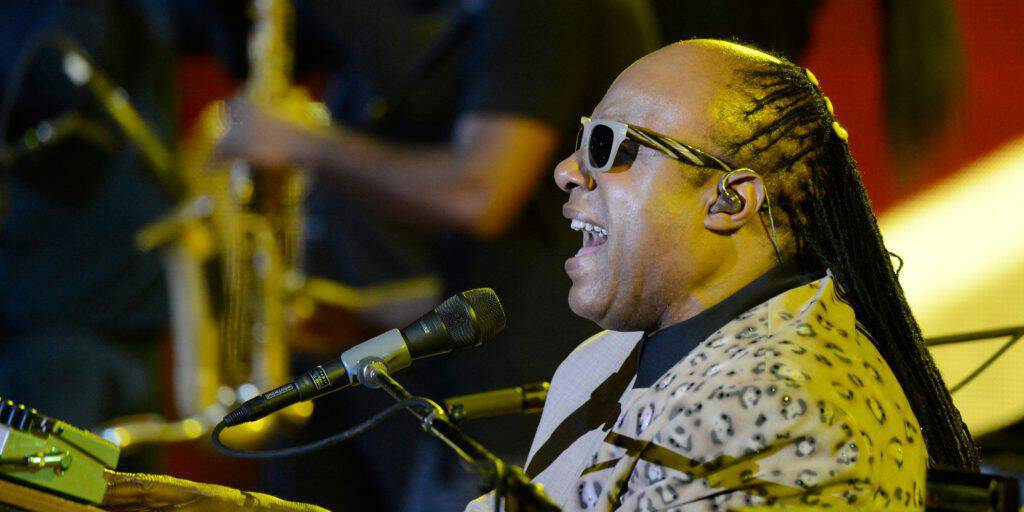 NEW YORK, NY - SEPTEMBER 28: Stevie Wonder performs at the 2013 Global Citizen Festival in Central Park to end extreme poverty on September 28, 2013 in New York, United States. (Photo by Kevin Mazur/Getty Images for Global Citizen Festival)