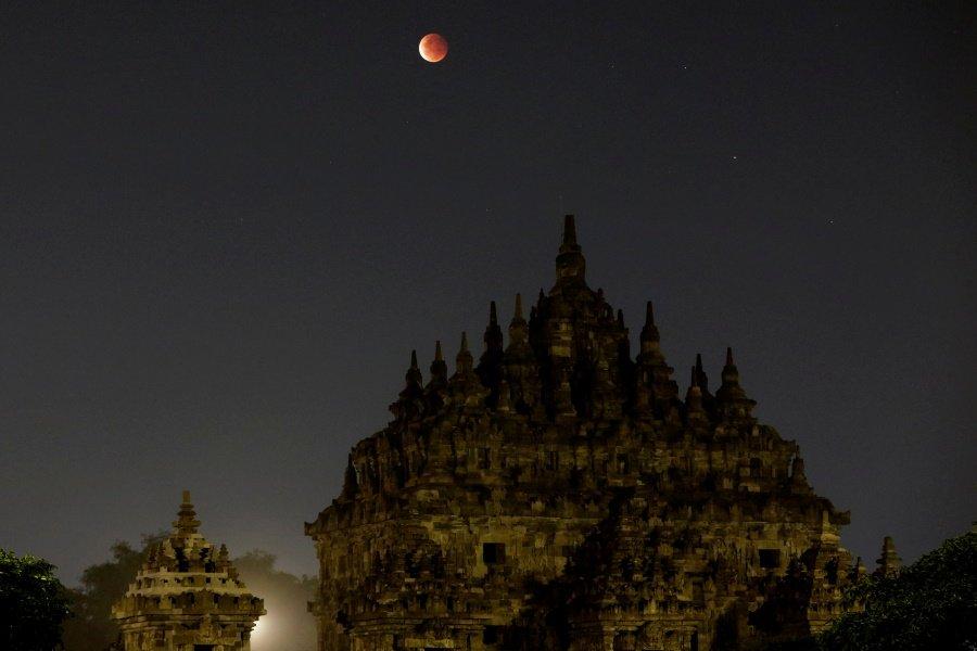 Υπερπανσέληνος στην Ινδονησία